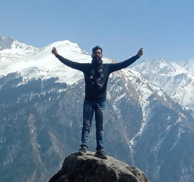 यात्रा वृत्तांत (एक अजीब कहानी) : रहमत